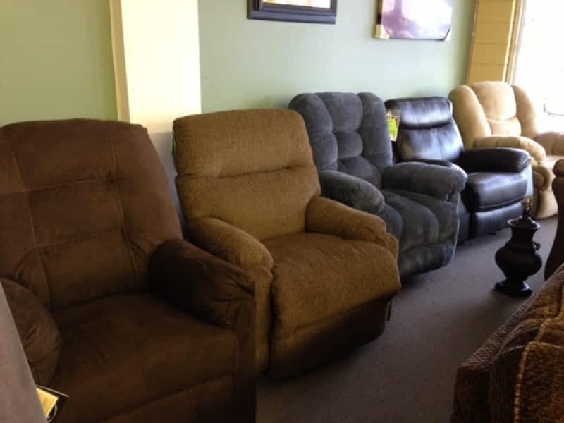 Kondolas furniture appliances ltd 100 mile house bc for Furniture 8 mile